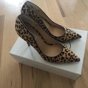 Steve Madden Daisie Leopard Pumps size 9